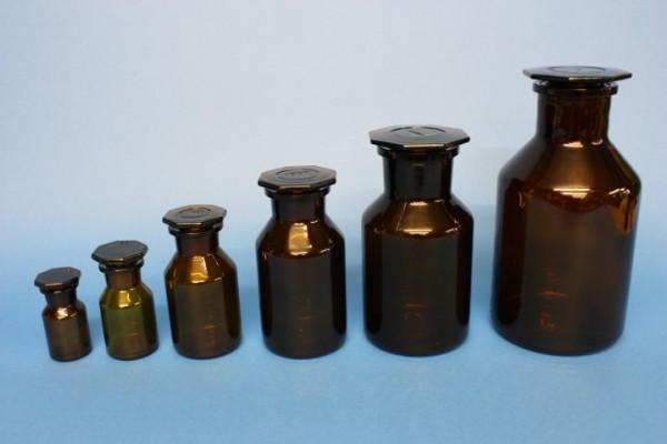 Steilbrustflasche, 100 ml, Weithals, braun, mit NS-Glasstopfen