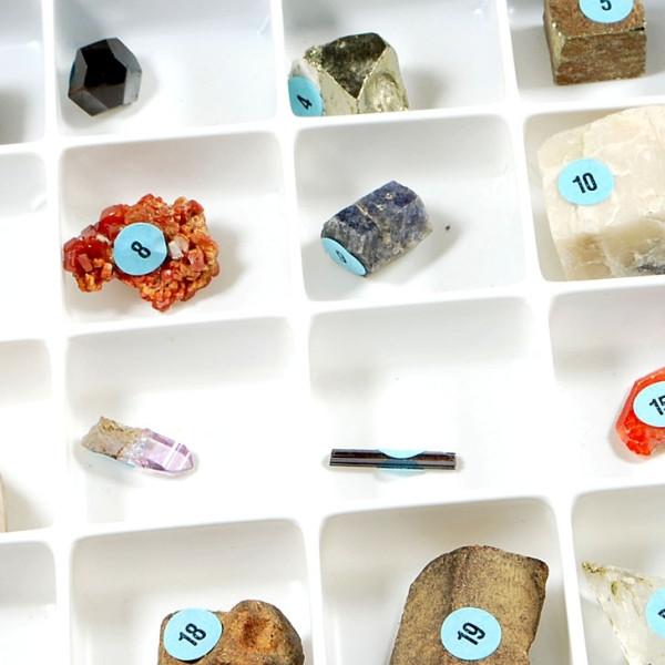 Natürliche Kristalle, Sammlung von 15 natürlichen Kristallen